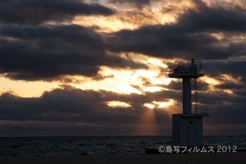 漁港_夕日_篠島_風景_写真_2012-05-04 18-20-38