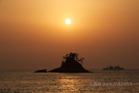 松島の夕日_鯨浜_2013-03-08 17-24-47