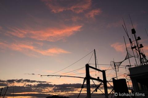 漁港_夕日_篠島_風景_観光_2011-09-05 18-19-56