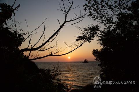 松島の夕日_鯨浜_歌碑公園_2016-11-06_16-38-58