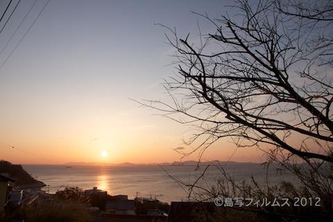 前浜_篠島_朝日_観光_写真_ 2012-03-13 06-15-50