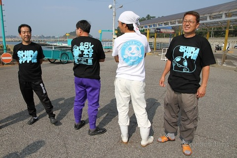 大村愛知県知事_篠島_トラフグ_2011-10-10 13-34-30