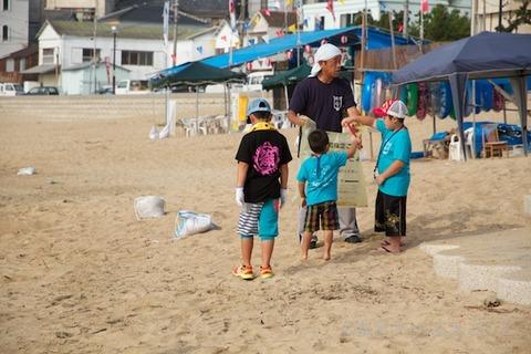 篠島ウミガメ隊クリーンアップ大作戦2012-07-25 07-35-15