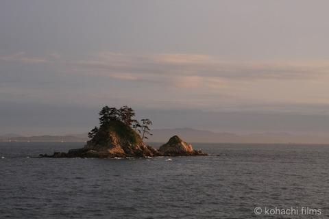 枕石_篠島_風景_観光_ 松島_2011-06-08 18-42-16