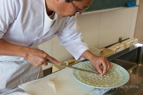篠島観光協会_篠島小学校フグ実習_2011-11-15 10-57-49
