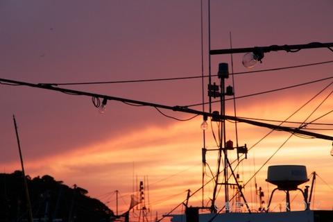 漁港_夕日_篠島_風景_漁船_#Silhouette_2012-06-22 19-06-10
