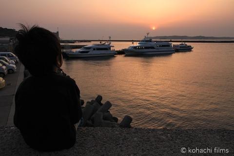 漁港_夕日_篠島_風景_島写_2011-05-20 18-29-42