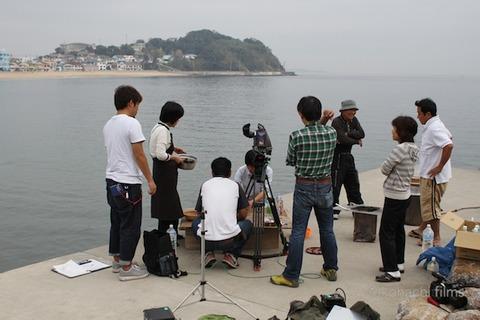 漁港の夕日_長瀬智也_ニシ汁_文化展_2011-10-21 10-29-40