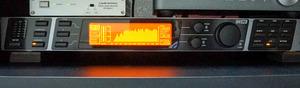 B7203002