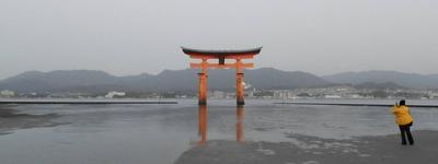厳島神社の大鳥居2