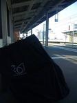人気のない駅のホーム2