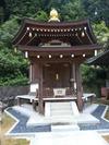 仏木寺六角堂