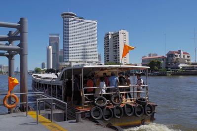 ボートを降りバンコク観光も終了
