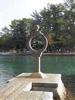 智恵の輪灯籠