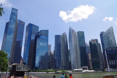シンガポールに超高層ビル群