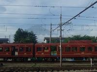 富士急行の富士登山列車と富士山