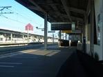 人気のない駅のホーム