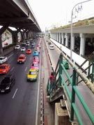 ドンムアン空港横の道路