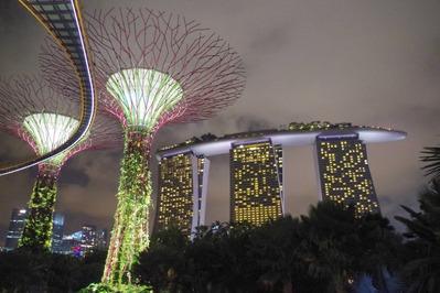 貧乏旅にはツライ国、シンガポール