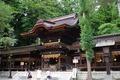 秋宮の拝幣殿
