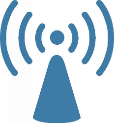 無線LANと有線でPingとかに差で...