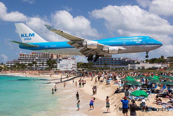 マホビーチの空港1