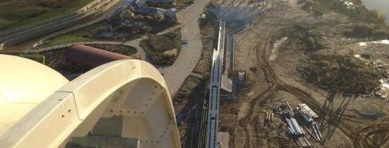 世界で最も高いウォータースライダーが建設中