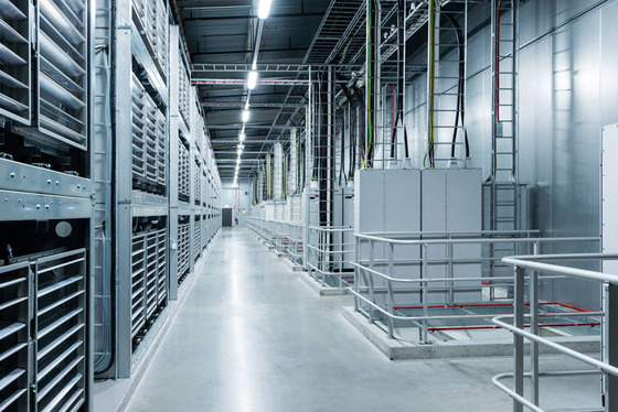 inside-facebook-data-center-lulea-sweden-17