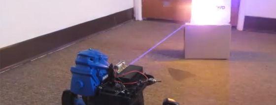 タチコマっぽい殺人ロボットが放つレーザー光線