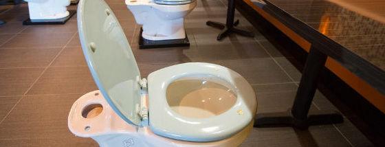 ロスに出来たトイレがテーマのレストラン