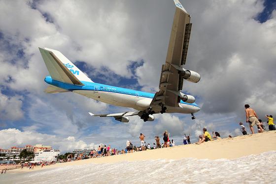 マホビーチの空港14