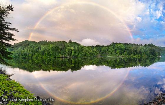 虹で円を描く