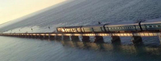 海列車が行く