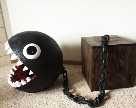chain-chomp-cat-bed-2