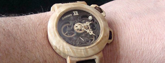 1ほぼ木で出来た時計