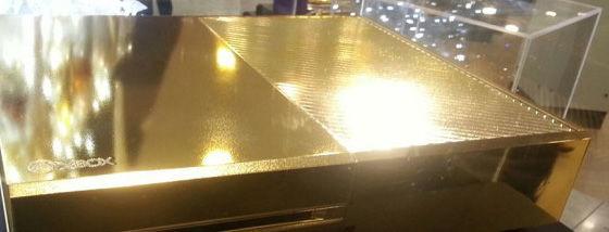24金メッキのXbox-One-がハロッズにお目見え1