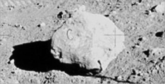 月面着陸がでっち上げでありえる10の理由8