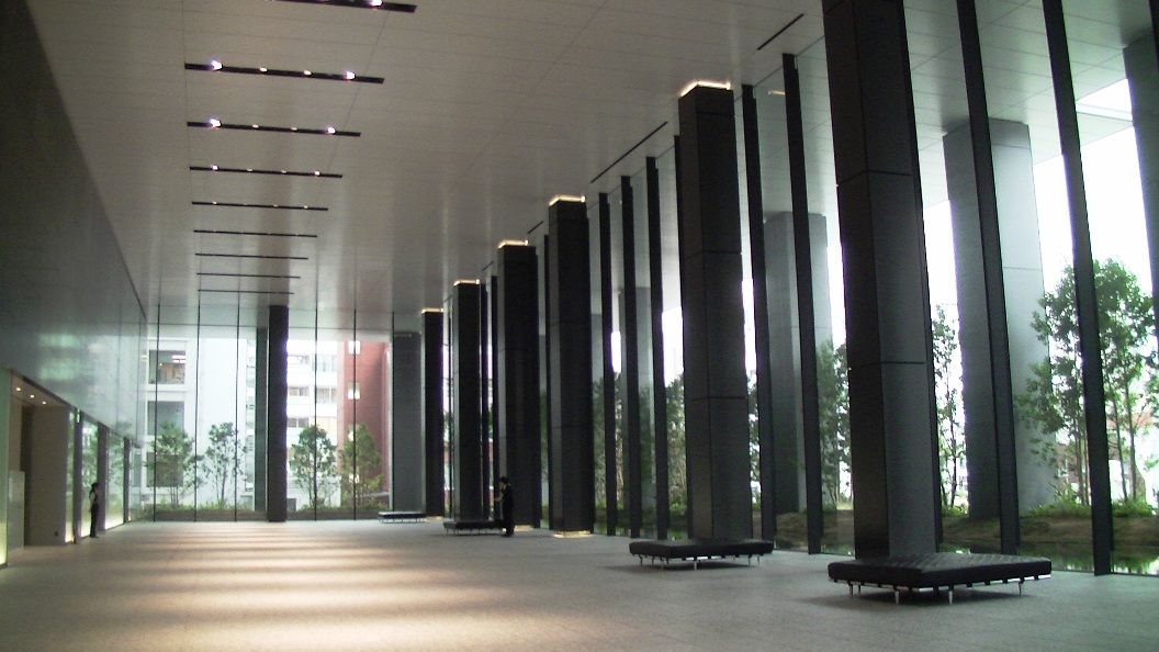 「東京スクエアガーデン ロビー」の画像検索結果