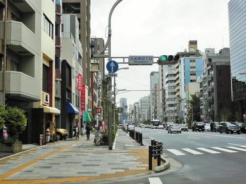 自転車の 浅草 自転車 : ... 田原町、浅草通り自転車専用路