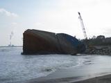 2008/2/11引き揚げられた船首