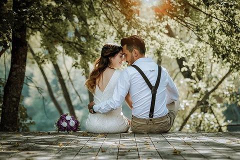 couple-4615557_640