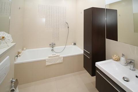 bathroom-2094735__340