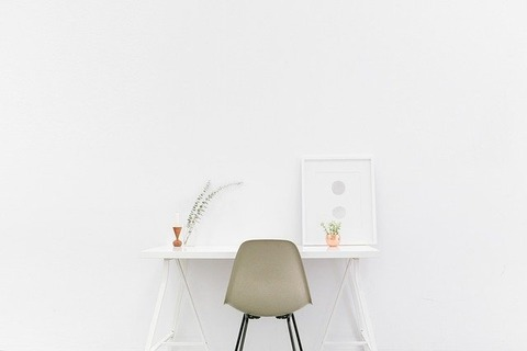 desk-1081708_640