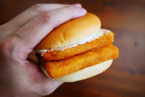【論争】マクドナルドのパティが2倍になるサービス  ソース量そのままで薄味で不満「解決方法を発見」