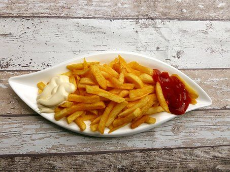 french-fries-2762014__340