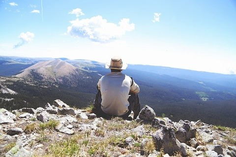 hiking-691739_640