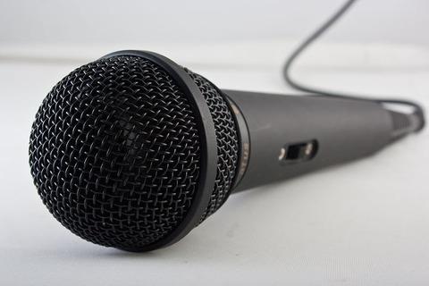 microphone-1068289__480