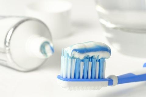 朝歯磨きするやついるけど、意味わからんのだが