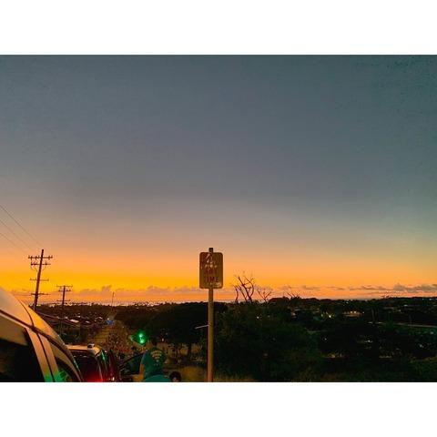 """【 画 像 】佐々木希、ハワイでの""""神""""エプロン姿に「ナイスボディー」「最高にかわいい」と大反響"""