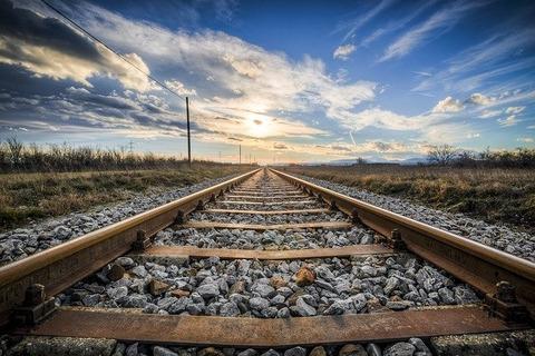 railway-1555348_640